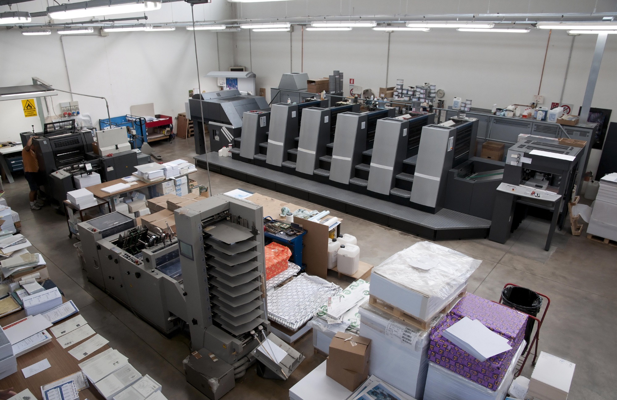 Printing Facility of EzeePrinting Online Printing Company
